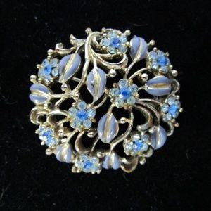 Coro vintage brooch